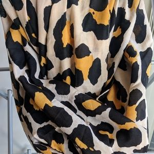 "Leopard Print Large ""blanket"" Scarf from H&M"